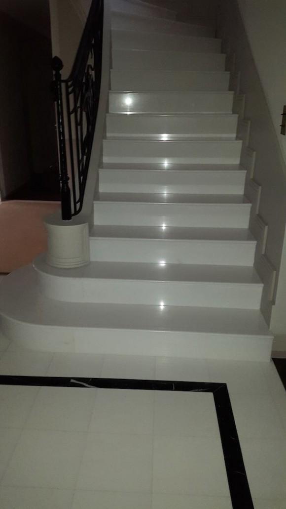 escalier marbre awesome escalier en marbre with escalier marbre elegant marbre escalier maroc. Black Bedroom Furniture Sets. Home Design Ideas